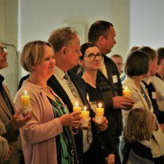 https://diecezja.lowicz.pl/app/uploads/Ekipy-Notre-Dame-240x240.jpg